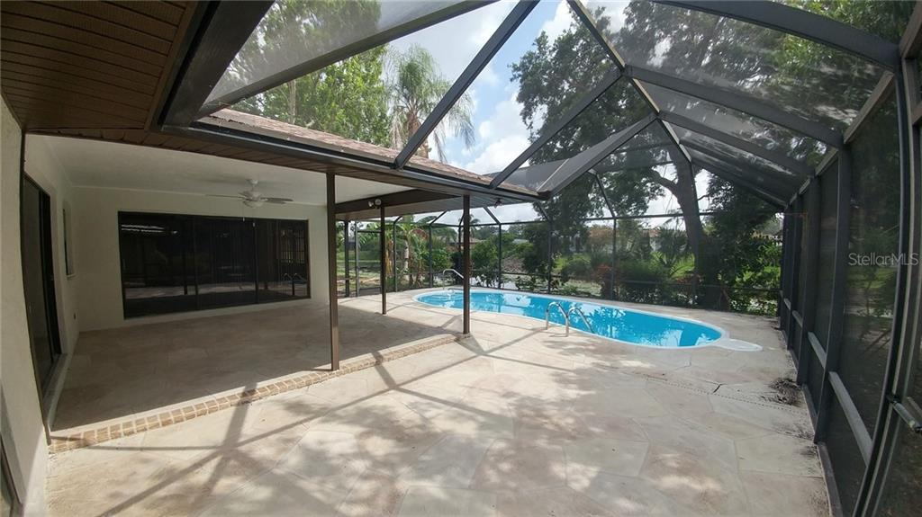 Single Family Home for sale at 1617 Bob O Link Dr, Venice, FL 34293 - MLS Number is A4468133