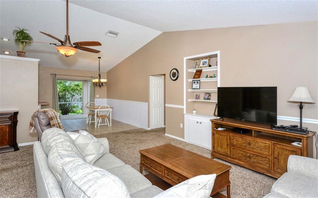 4645 Spahn St, Sarasota, FL 34232 - MLS A4470264