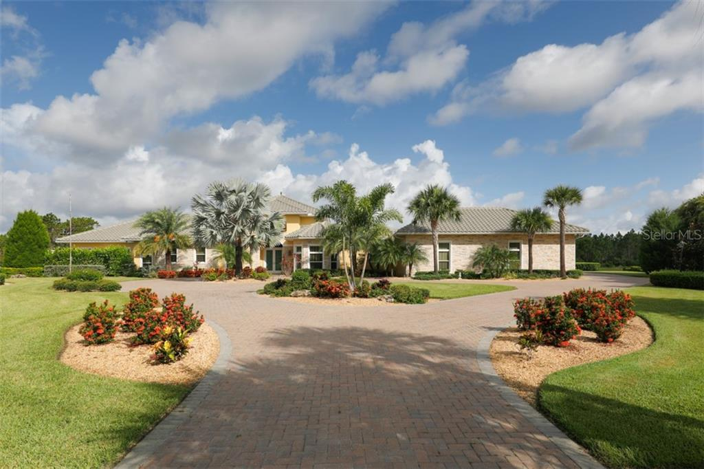Single Family Home for sale at 19407 Newlane Pl, Bradenton, FL 34202 - MLS Number is A4471860