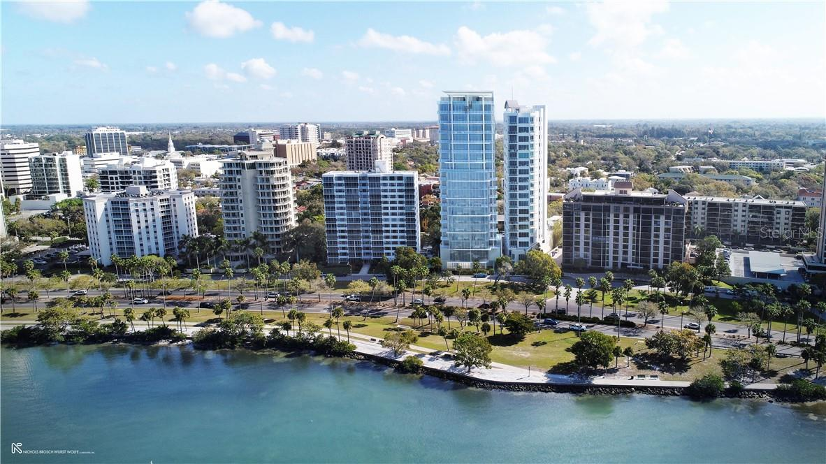 Features & Specification - Condo for sale at 605 S Gulfstream Ave #4s, Sarasota, FL 34236 - MLS Number is A4471977