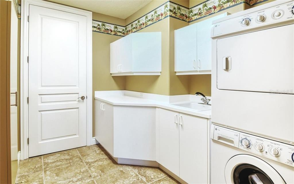 Condo for sale at 2050 Benjamin Franklin Dr #B503, Sarasota, FL 34236 - MLS Number is A4472906
