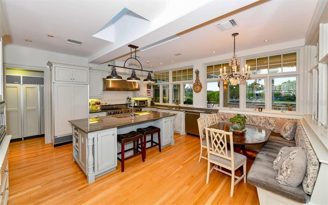Kitchen - Single Family Home for sale at 612 Juan Anasco Dr, Longboat Key, FL 34228 - MLS Number is A4475444