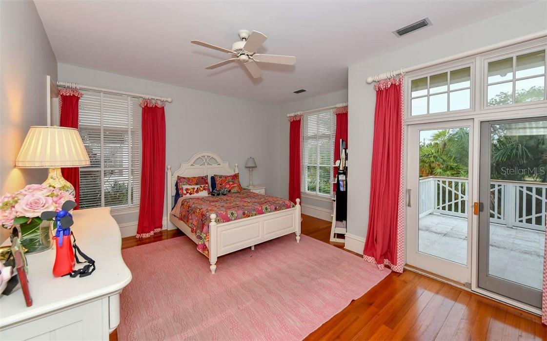 Guest Bedroom two - Single Family Home for sale at 612 Juan Anasco Dr, Longboat Key, FL 34228 - MLS Number is A4475444