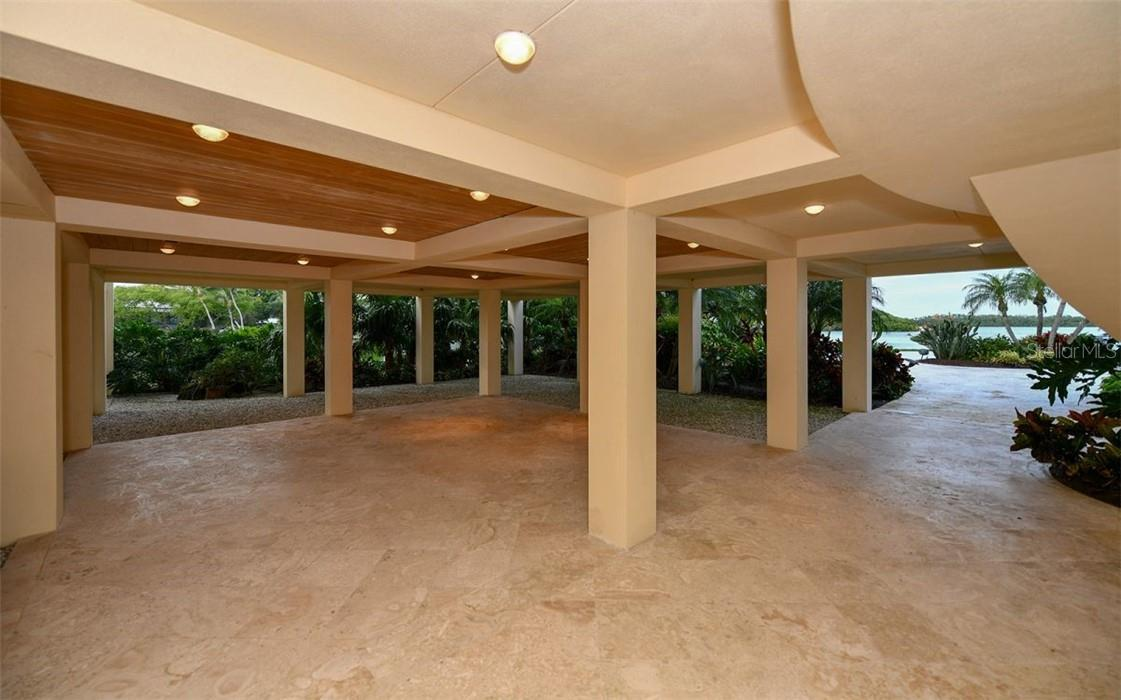 Down Stairs sitting area - Single Family Home for sale at 612 Juan Anasco Dr, Longboat Key, FL 34228 - MLS Number is A4475444