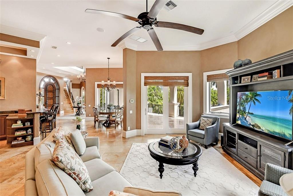 Family room - Single Family Home for sale at 1373 Harbor Dr, Sarasota, FL 34239 - MLS Number is A4477187