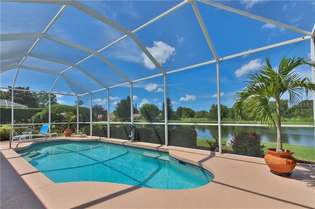 Single Family Home for sale at 7014 Remington Ct, University Park, FL 34201 - MLS Number is A4479109