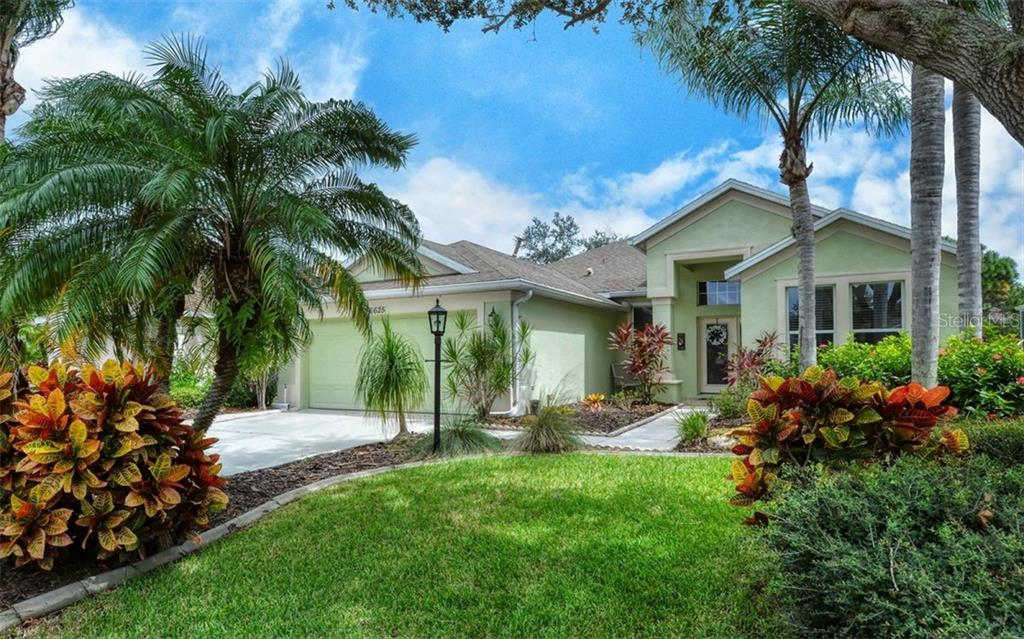 Single Family Home for sale at 6625 Cheswick St, Sarasota, FL 34243 - MLS Number is A4479442