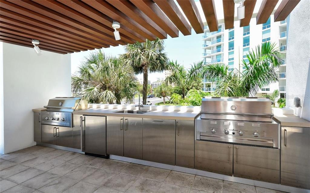 The Bay VUE Grill - Condo for sale at 1155 N Gulfstream Ave #1701, Sarasota, FL 34236 - MLS Number is A4480090