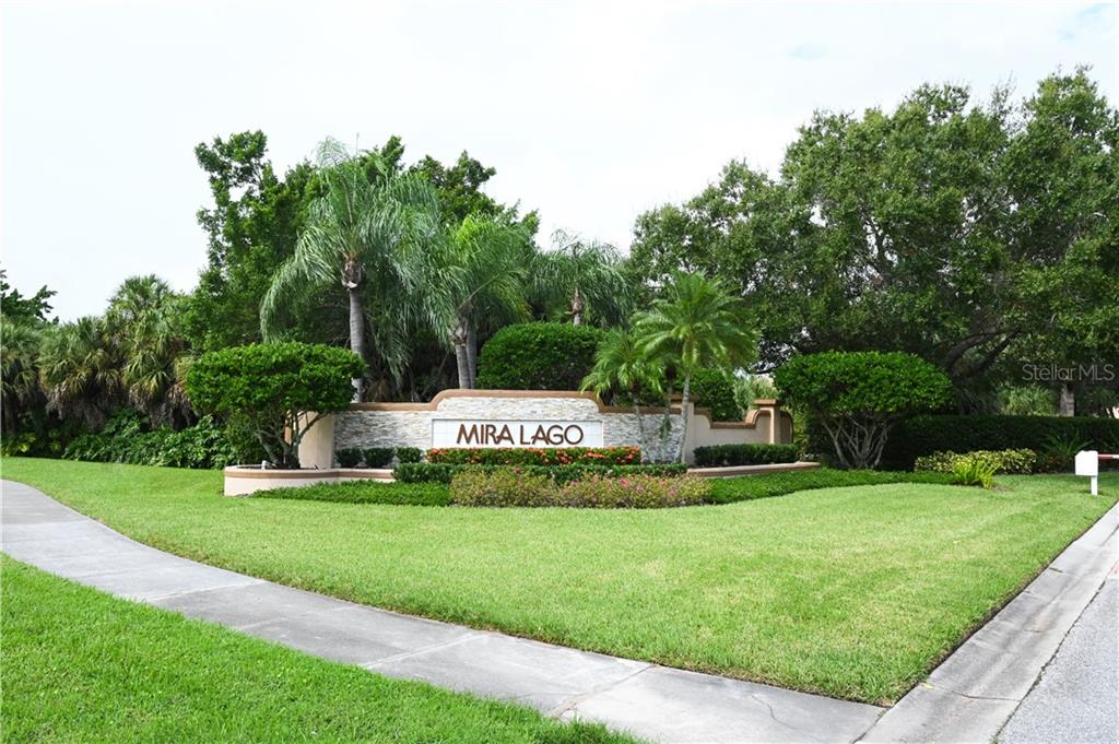 Single Family Home for sale at 7039 Del Lago Dr, Sarasota, FL 34238 - MLS Number is A4480703