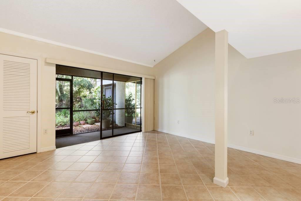 Villa for sale at 4753 Winslow Beacon #18, Sarasota, FL 34235 - MLS Number is A4481415