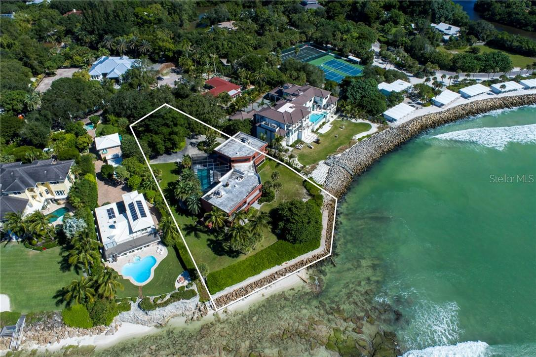 Single Family Home for sale at 7360 Point Of Rocks Rd, Sarasota, FL 34242 - MLS Number is A4482197