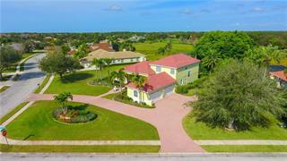 10132 Cherry Hills Avenue Cir, Bradenton, FL 34202
