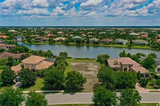 8339 Catamaran Cir, Lakewood Ranch, FL 34202
