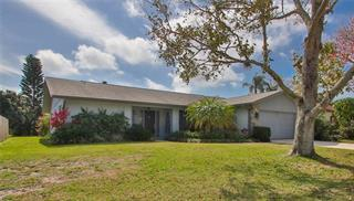 4814 Country Oaks Blvd, Sarasota, FL 34243