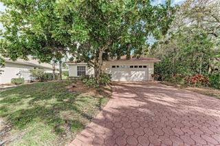 7415 Fairlinks Ct, Sarasota, FL 34243