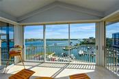 1260 Dolphin Bay Way #501, Sarasota, FL 34242