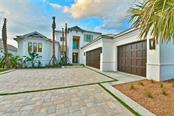 656 Regatta Way, Bradenton, FL 34208
