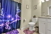 Bathroom 3 - Single Family Home for sale at 2937 Desert Plain Cv, Lakewood Ranch, FL 34211 - MLS Number is A4431016
