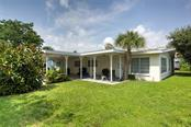 Unit B front entry and porch. - Duplex/Triplex for sale at 6525 Sabal Dr, Sarasota, FL 34242 - MLS Number is A4445167