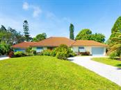 Garages for 7 cars - Single Family Home for sale at 1716 Bayshore Dr, Englewood, FL 34223 - MLS Number is A4445961
