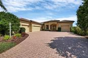 705 Country Meadows Way, Bradenton, FL 34212