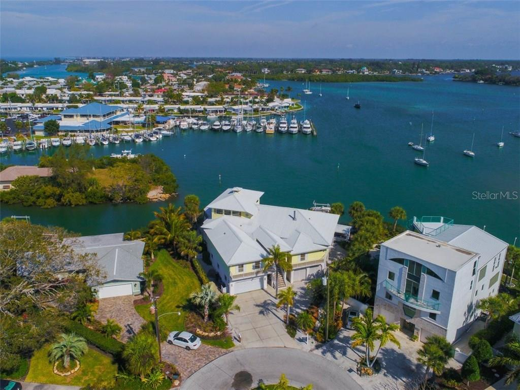獨棟家庭住宅 為 出售 在 725 El Dorado Dr 725 El Dorado Dr Venice, 佛羅里達州,34285 美國