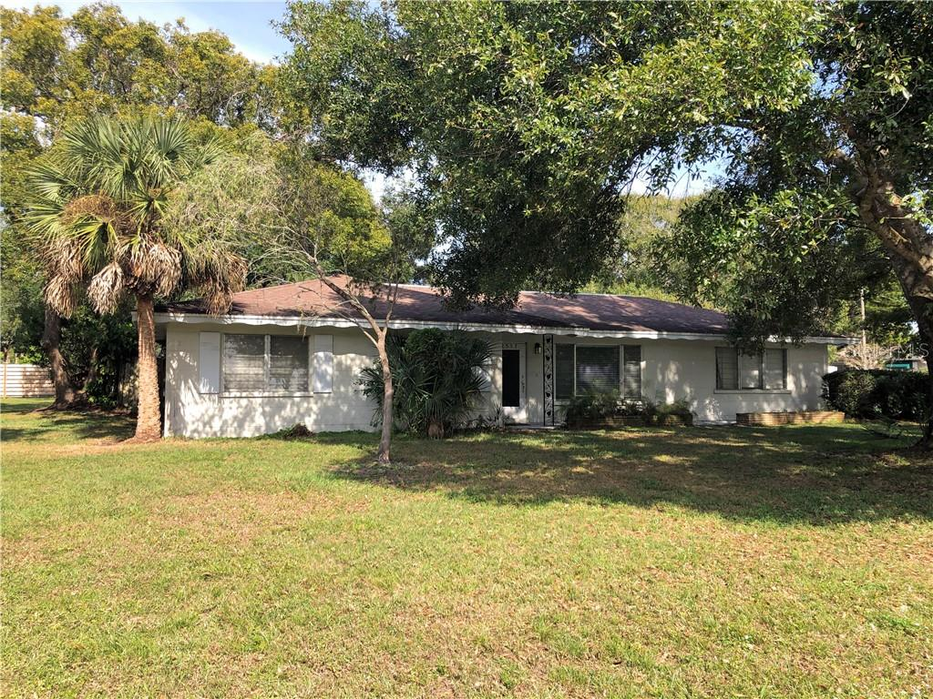 Single Family Home for sale at 2587 Ringling Blvd, Sarasota, FL 34237 - MLS