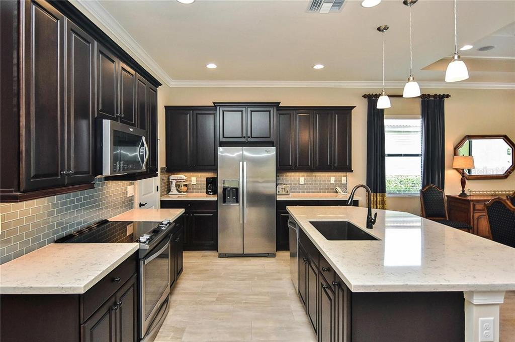 Kitchen - Single Family Home for sale at 23763 Waverly Cir, Venice, FL 34293 - MLS Number is N6107580