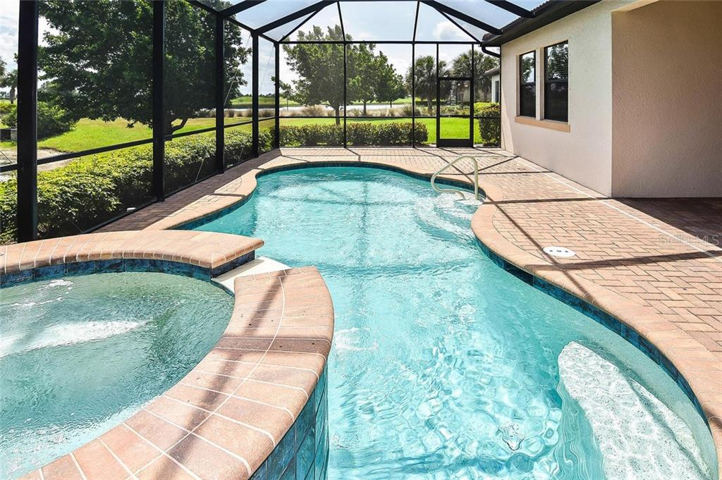 Pool - Single Family Home for sale at 23763 Waverly Cir, Venice, FL 34293 - MLS Number is N6107580