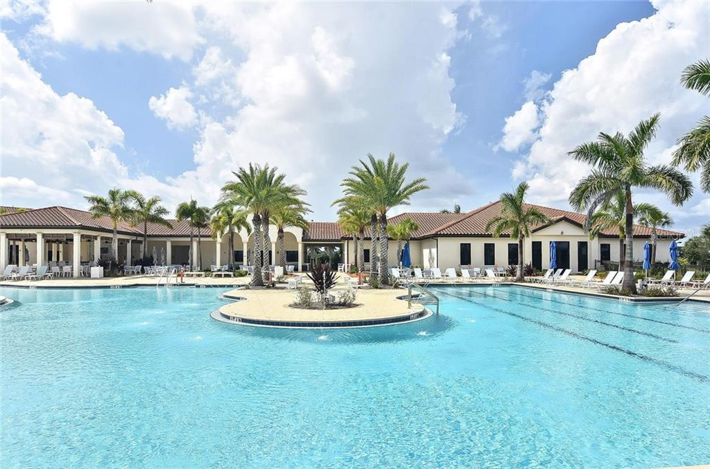 Clubhouse/pool - Single Family Home for sale at 23763 Waverly Cir, Venice, FL 34293 - MLS Number is N6107580