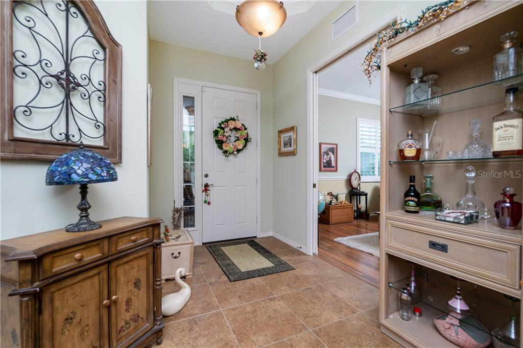 Foyer - Single Family Home for sale at 11017 Barnsley Dr, Venice, FL 34293 - MLS Number is N6108867