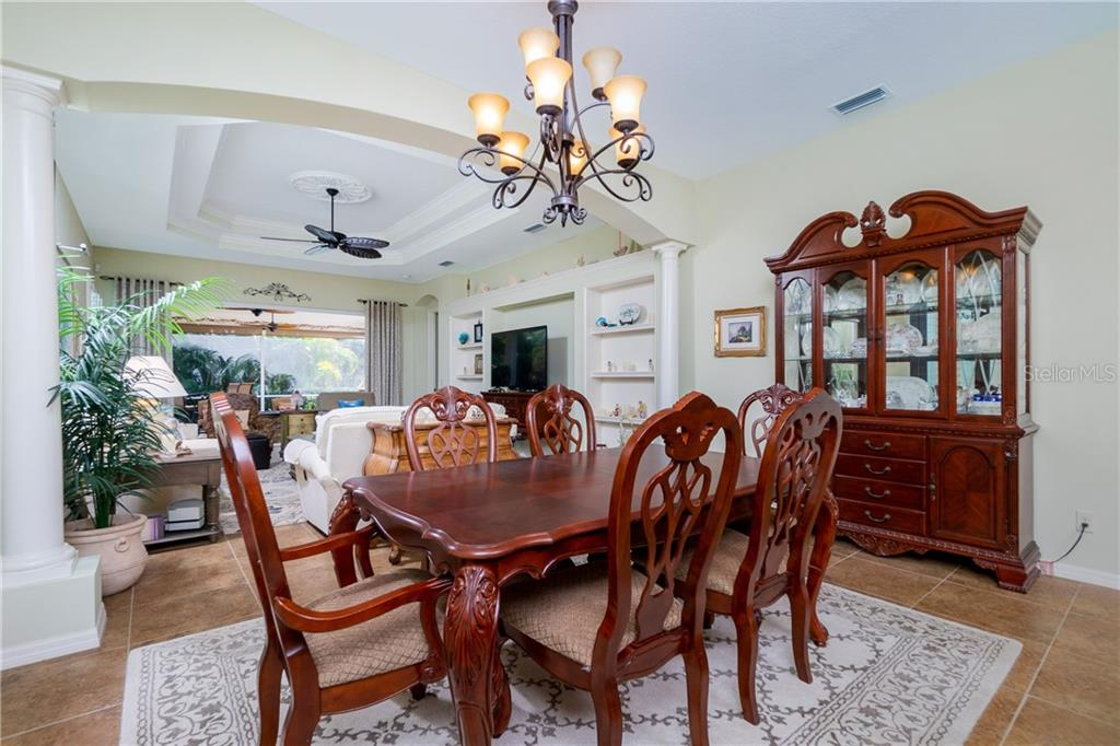 Dining area - Single Family Home for sale at 11017 Barnsley Dr, Venice, FL 34293 - MLS Number is N6108867
