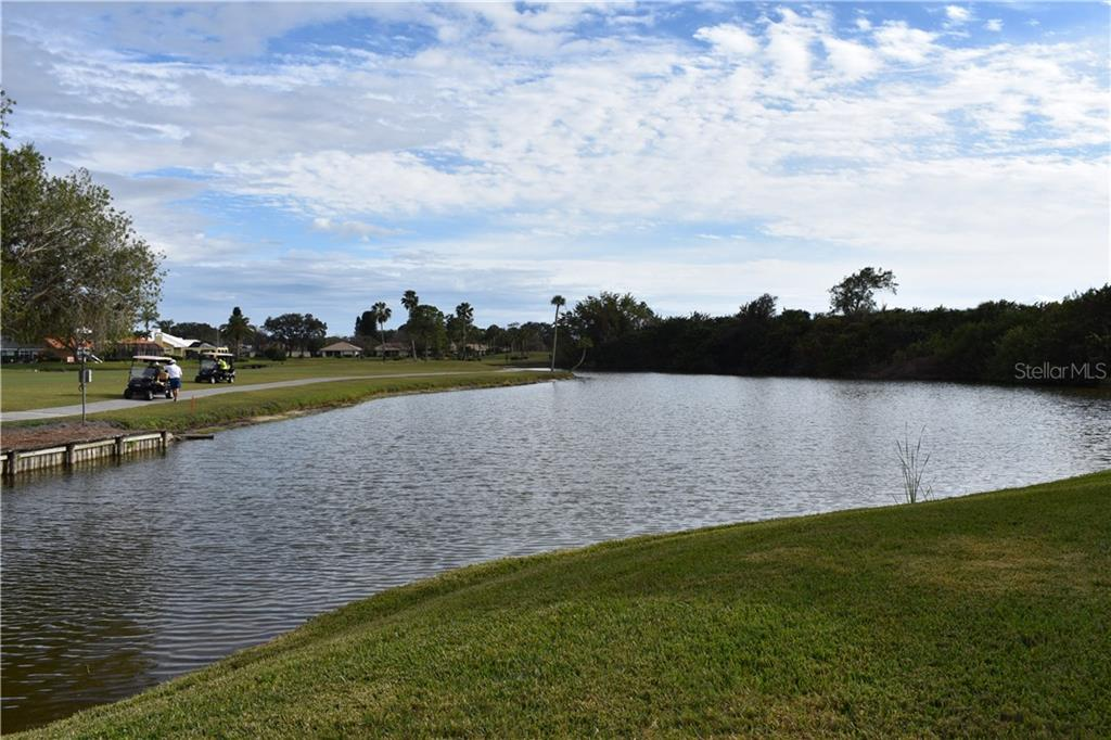 Condo for sale at 115 Woodbridge Dr #104, Venice, FL 34293 - MLS Number is N6108875
