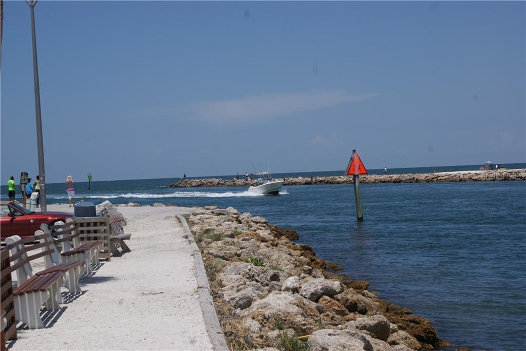 The Venice Inlet AKA South Jetty - Condo for sale at 115 Woodbridge Dr #104, Venice, FL 34293 - MLS Number is N6108875