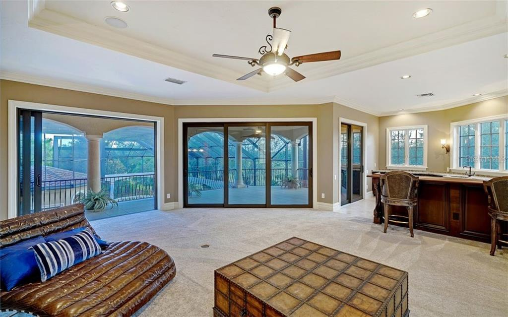 Family room - Single Family Home for sale at 8257 Archers Ct, Sarasota, FL 34240 - MLS Number is N6109007