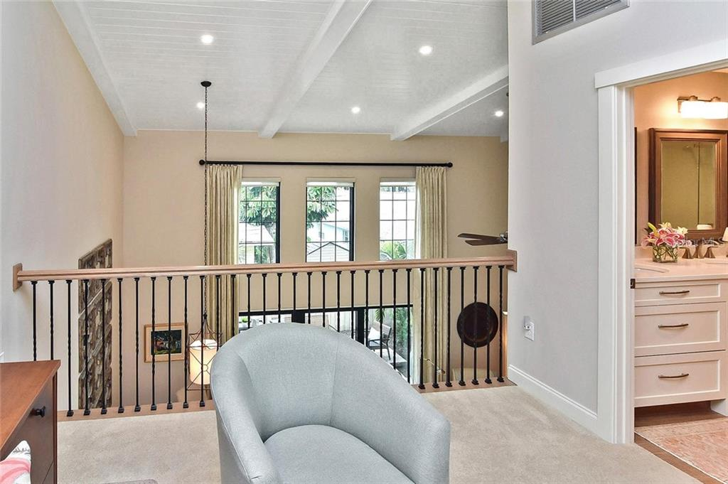 Loft, master bath - Condo for sale at 448 Palmetto Ct #B5, Venice, FL 34285 - MLS Number is N6109553