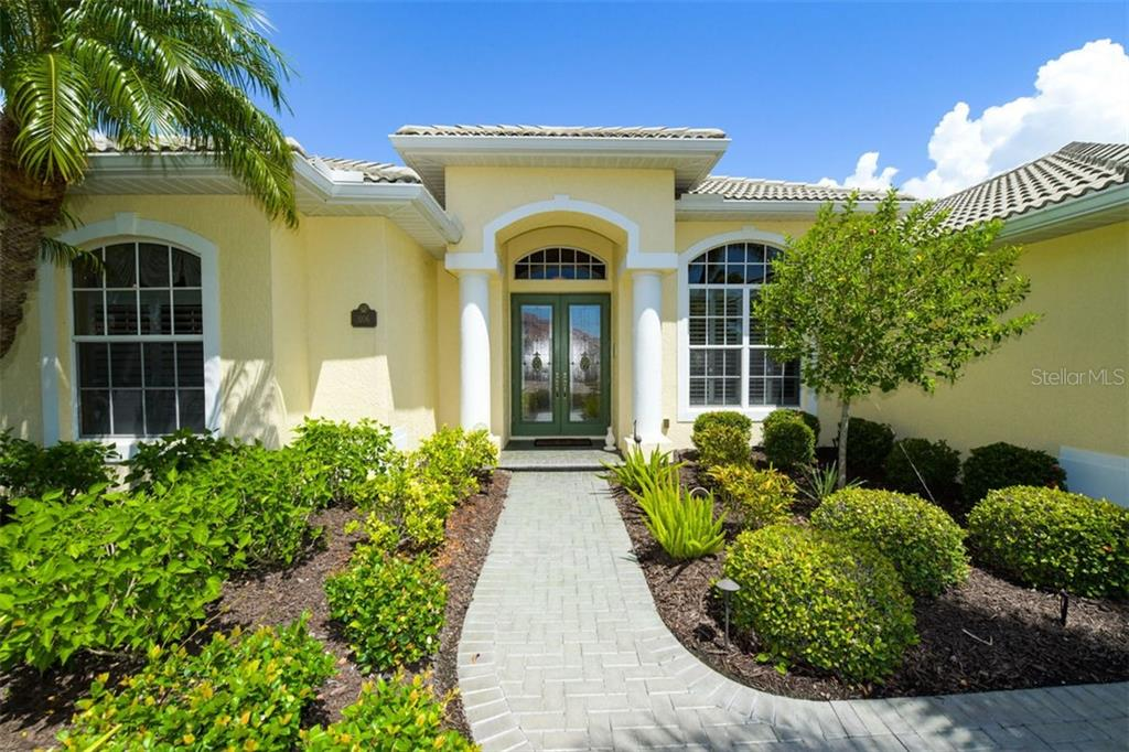 HOA - Single Family Home for sale at 1106 Tuscany Blvd, Venice, FL 34292 - MLS Number is N6112086