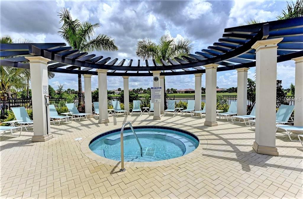 community spa - Single Family Home for sale at 23793 Waverly Cir, Venice, FL 34293 - MLS Number is N6112352