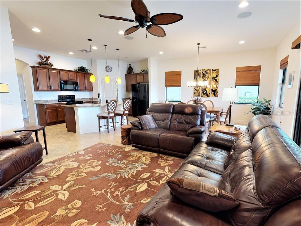 family/great room - Single Family Home for sale at 23793 Waverly Cir, Venice, FL 34293 - MLS Number is N6112352