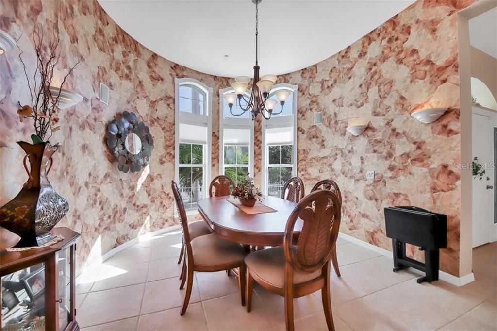 1112 Andrews St, Englewood, FL 34224 - MLS N6113338