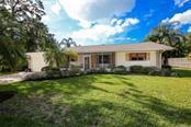 1311 Twin Lakes Ave, Nokomis, FL 34275